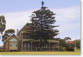 Boston House Motel - Accommodation Cooktown