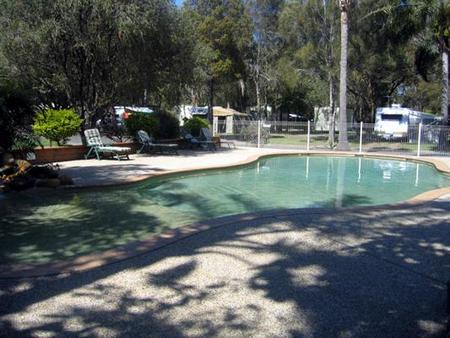 Lighthouse Beach Holiday Village - Accommodation Cooktown