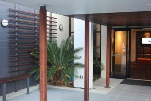 Quality Hotel Airport International - Accommodation Cooktown