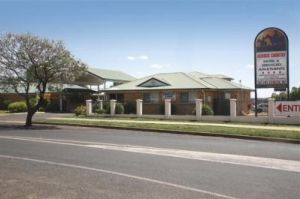 Across Country Motor Inn - Accommodation Cooktown