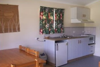 Halliday Bay Resort - Accommodation Cooktown