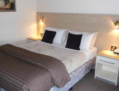 Hamiltons Townhouse Motel - Accommodation Cooktown