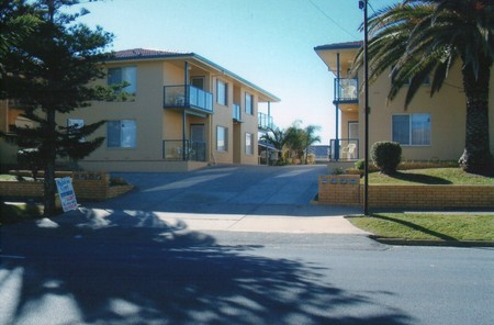 AA Madalena Court Holiday Apartments - Accommodation Cooktown