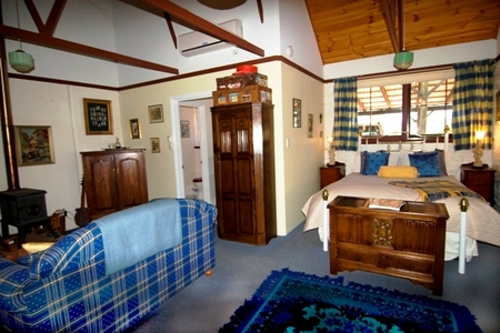 Hillside Country Retreat  - Accommodation Cooktown