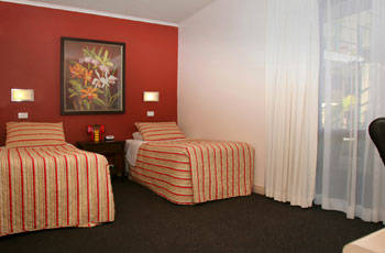 Whale Motor Inn - Accommodation Cooktown