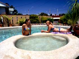 Mackay Motor Inn - Accommodation Cooktown