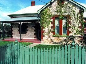 Naracoorte Cottages - Smith Street Villa - Accommodation Cooktown