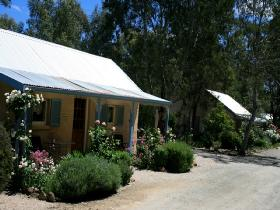 Riesling Trail Cottages - Accommodation Cooktown