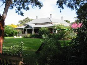 Yankalilla Bay Homestead Bed and Breakfast - Accommodation Cooktown