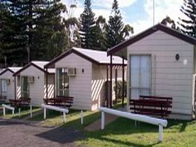 Victor Harbor Beachfront Holiday Park - Accommodation Cooktown