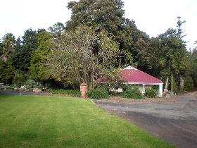 Brown's House - Accommodation Cooktown