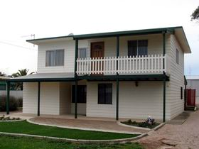 Louth Bay Holiday Apartment - Accommodation Cooktown
