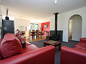 Bruny Island Villas - Eversley - Accommodation Cooktown