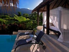 Executive Retreats - Shangri-La - Accommodation Cooktown