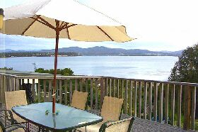 Waterfront on Georges Bay - Accommodation Cooktown