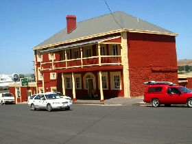 Stanley Hotel - Accommodation Cooktown