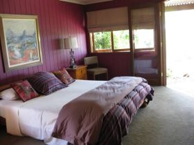 French Cottage and Loft - Accommodation Cooktown