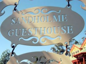Sandholme Guesthouse 5 Star - Accommodation Cooktown