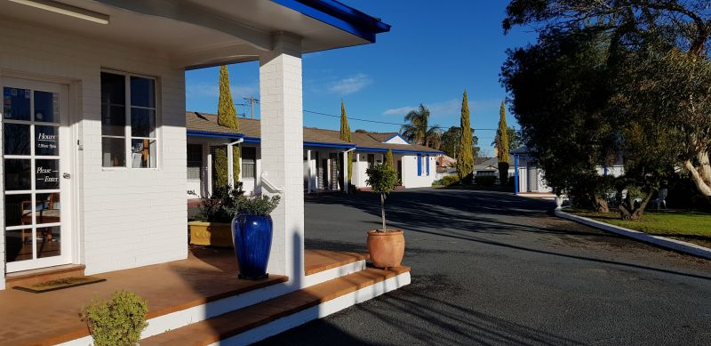 Colonial Motel - Accommodation Cooktown