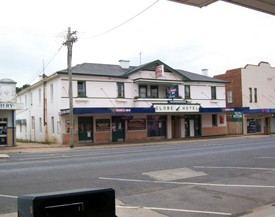 Globe Hotel Bombala - Accommodation Cooktown