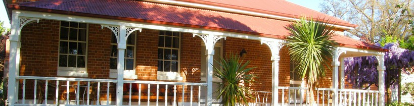 Araluen Old Courthouse Bed and Breakfast - Accommodation Cooktown