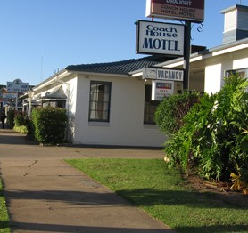 The Coach House Hotel Motel - Accommodation Cooktown