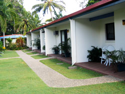 Sunlover Lodge Holiday Units and Cabins - Accommodation Cooktown