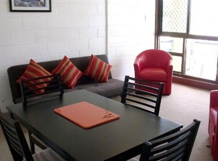 Como Holiday Apartments and Tropical Nites Motel - Accommodation Cooktown