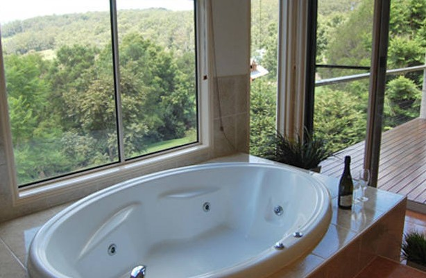 Ravensbourne Escape Kookaburra Kottage - Accommodation Cooktown