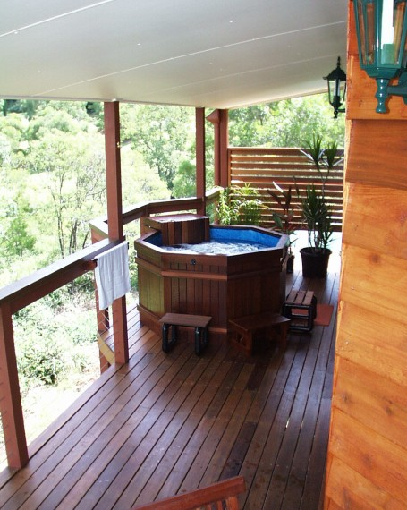 Ravensbourne Escape Holiday Cottages - Accommodation Cooktown