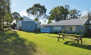 Huskisson Holiday Cabins - Accommodation Cooktown