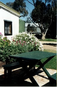 Dunalan Host Farm Cottage - Accommodation Cooktown