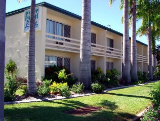 Palm Waters Holiday Villas - Accommodation Cooktown