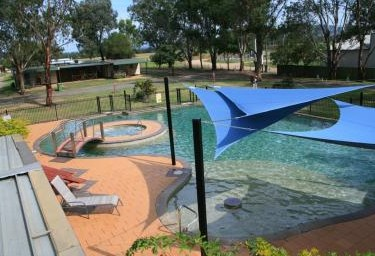 Valley Vineyard Tourist Park - Accommodation Cooktown
