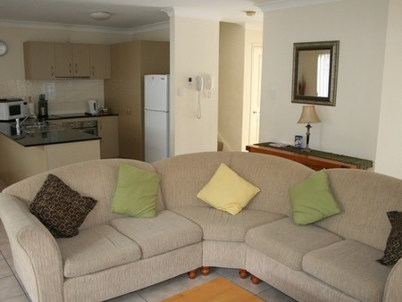 Pacific Sun Gold Coast Holiday Townhouse - Accommodation Cooktown