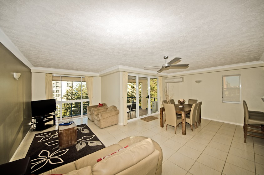 San Mateo On Broadbeach - Accommodation Cooktown