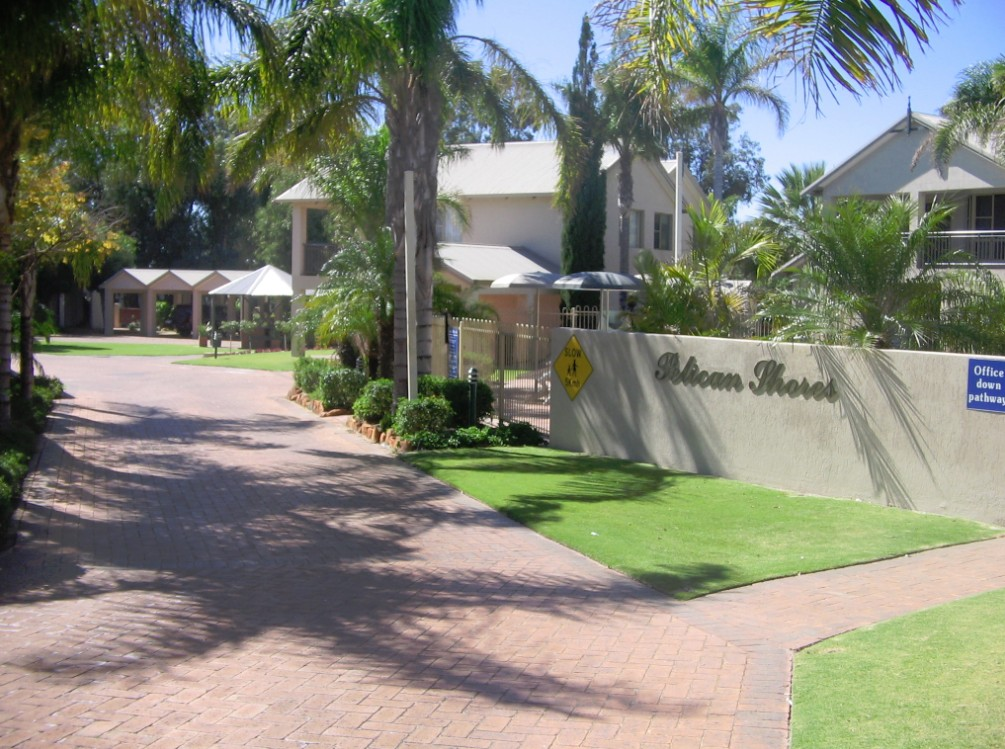 Pelican Shore Villas - Accommodation Cooktown