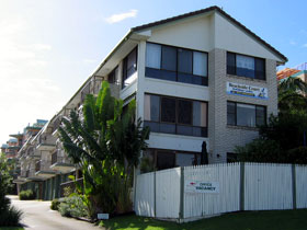 Beachside Court - Accommodation Cooktown