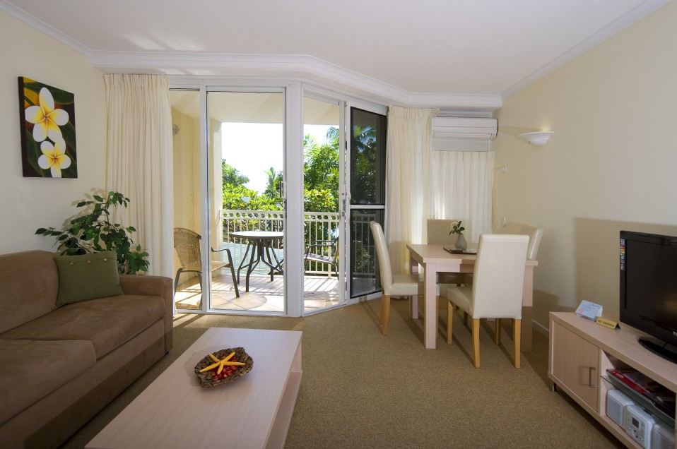 On The Beach Holiday Apartments - Accommodation Cooktown