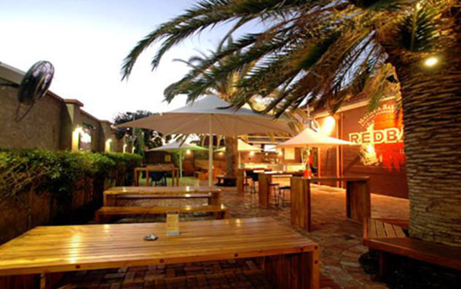 Balmoral Hotel - Accommodation Cooktown