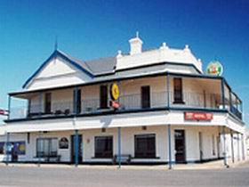 Seabreeze Hotel - Accommodation Cooktown