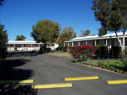 The Country Way Motor Inn - Accommodation Cooktown