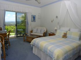 Ninderry Manor Luxury Retreat BampB - Accommodation Cooktown