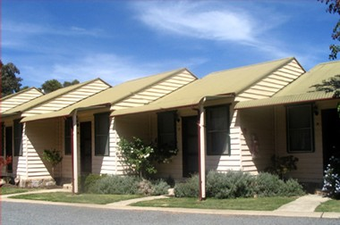 The Village Cabins - Accommodation Cooktown