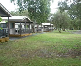 Beachfront Caravan Park - Accommodation Cooktown