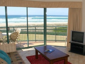 Currumbin Sands Holiday Apartments - Accommodation Cooktown