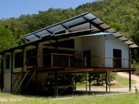 Creek Valley Rainforest Retreat - Accommodation Cooktown