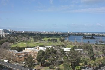 Apartments Melbourne Domain - South Melbourne - Accommodation Cooktown