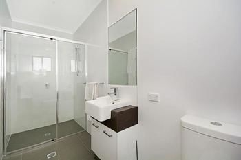 Cooroy Luxury Motel Apartments Noosa - Accommodation Cooktown