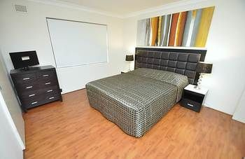 Balmain 3 Mont Furnished Apartment - Accommodation Cooktown